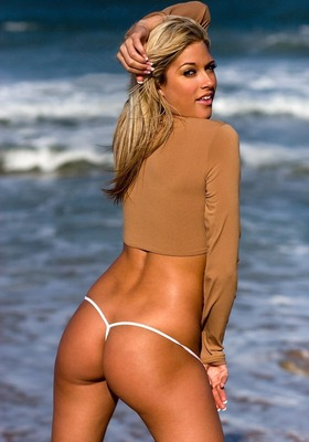 Kelly_kelly_wwe_6_big_display_image