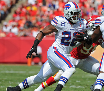 KANSAS CITY, MO - SEPTEMBER 11:  Running back Fred Jackson #22 of the Buffalo Bills rushes up field against the Kansas City Chiefs during the second quarter on September 11, 2011 at Arrowhead Stadium in Kansas City, Missouri.  The Bills beat the Chiefs 41