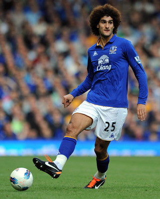 LIVERPOOL, ENGLAND - SEPTEMBER 10:  Marouane Fellaini of Everton in action during the Barclays Premier League match between Everton and Aston Villa at Goodison Park on September 10, 2011 in Liverpool, England.  (Photo by Chris Brunskill/Getty Images)