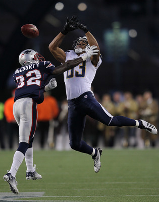 FOXBORO, MA -  SEPTEMBER 18:   Devin McCourty #32 of the New England Patriots breaks up a pass intended for Vincent Jackson #83 of the San Diego Chargers in the second half at Gillette Stadium on September 18, 2011 in Foxboro, Massachusetts. (Photo by Jim