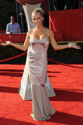 Kendra-wilkinson-espy-awards-2011_prphotos_display_image