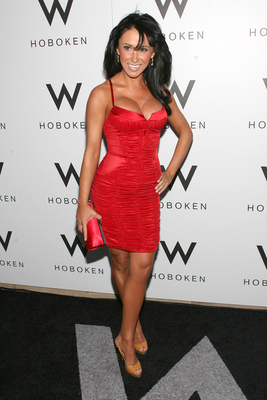 Jenn-sterger-2_display_image