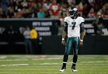 ATLANTA, GA - SEPTEMBER 18:  Michael Vick #7 of the Philadelphia Eagles stands in between plays against the Atlanta Falcons at Georgia Dome on September 18, 2011 in Atlanta, Georgia.  (Photo by Kevin C. Cox/Getty Images)