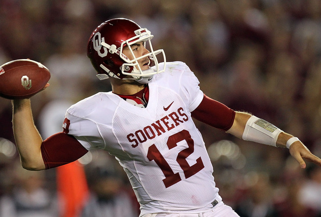 TALLAHASSEE, FL - SEPTEMBER 17:  Landry Jones #12 of the Oklahoma Sooners passes against the Florida State Seminoles at Doak Campbell Stadium on September 17, 2011 in Tallahassee, Florida.  (Photo by Ronald Martinez/Getty Images)
