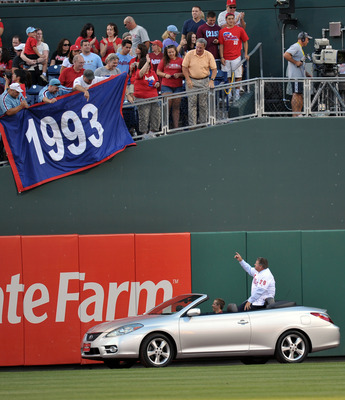 PHILADELPHIA, PA - AUGUST 12: Former player and Philadelphia Phillies Wall of Fame inductee acknowledges the fans  before the game against the  at Citizens Bank Park on August 12, 2011 in Philadelphia, Pennsylvania. (Photo by Drew Hallowell/Getty Images)