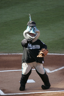 MIAMI - MAY 29:  Billy the Marlin, the Florida Marlins Mascot, entertains the fans during the game against the New York Mets at Pro Player Stadium on May 29, 2004 in Miami Florida.  The Marlins won 3-2.  (Photo by Eliot J. Schechter/Getty Images)