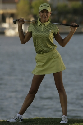 28natalie_gulbis_display_image