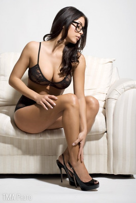 8ariannyceleste_display_image