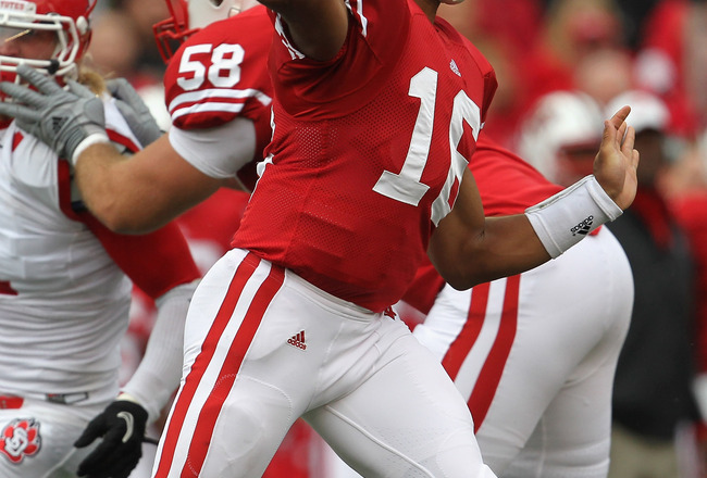 MADISON, WI - SEPTEMBER 24:  Russell Wilson #16 of the Wisconsin Badgers throws a pass against the South Dakota Coyotes at Camp Randall Stadium on September 24, 2011 in Madison Wisconsin.  (Photo by Jonathan Daniel/Getty Images)