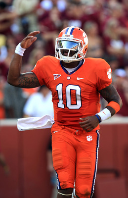 CLEMSON, SC - SEPTEMBER 24:  Tajh Boyd #10 of the Clemson Tigers celebrates after throwing a touchdown against the Florida State Seminoles during their game at Memorial Stadium on September 24, 2011 in Clemson, South Carolina.  (Photo by Streeter Lecka/Ge