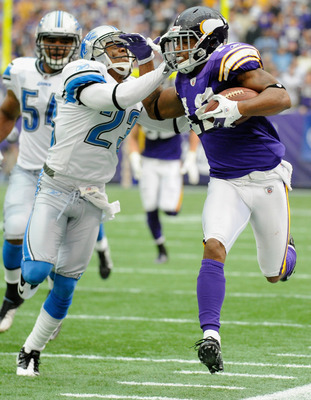 MINNEAPOLIS, MN - SEPTEMBER 25: Chris Houston #23 of the Detroit Lions forces Percy Harvin #12 of the Minnesota Vikings out of bounds in the second quarter on September 25, 2011 at Hubert H. Humphrey Metrodome in Minneapolis, Minnesota. (Photo by Hannah F