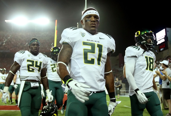 TUCSON, AZ - SEPTEMBER 24:  Runningback LaMichael James #21 of the Oregon Ducks walks off the field before the college football game against the Arizona Wildcats at Arizona Stadium on September 24, 2011 in Tucson, Arizona. The Ducks defeated the Wildcats