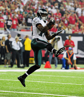 ATLANTA - SEPTEMBER 18: Jeremy Maclin #18 of the Philadelphia Eagles makes a catch for a touchdown against the Atlanta Falcons at the Georgia Dome on September 18, 2011 in Atlanta, Georgia. (Photo by Scott Cunningham/Getty Images)
