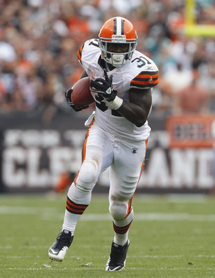 CLEVELAND, OH - SEPTEMBER 25:  Running back Montario Hardesty #31 of the Cleveland Browns runs the ball against the Miami Dolphins at Cleveland Browns Stadium on September 25, 2011 in Cleveland, Ohio.  (Photo by Matt Sullivan/Getty Images)