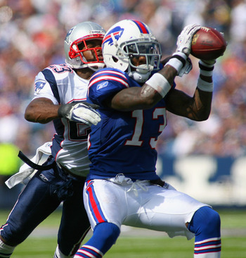 ORCHARD PARK, NY - SEPTEMBER 25:  Steve Johnson #13 of the Buffalo Bills makes a catch in front of  Leigh Bodden #23 of the New England Patriots at Ralph Wilson Stadium on September 25, 2011 in Orchard Park, New York.  (Photo by Rick Stewart/Getty Images)