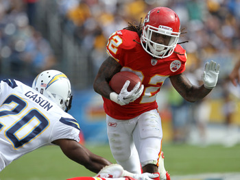 SAN DIEGO - SEPTEMBER 25: Running back Dexter McCluster #22 of the Kansas City Chiefs carries the ball against cornerback Antoine Cason #20 of the San Diego Chargers at Qualcomm Stadium on September 25, 2011 in San Diego, California.    The Chargers won 2