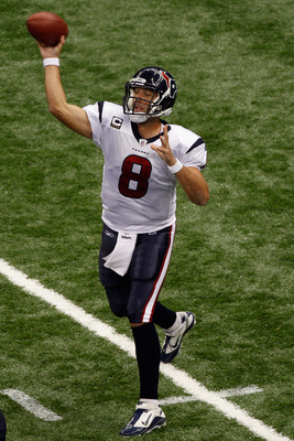 NEW ORLEANS, LA - SEPTEMBER 25:   Matt Schaub #8 of the Houston Texans throws a pass against the New Orleans Saints at Louisiana Superdome on September 25, 2011 in New Orleans, Louisiana.  (Photo by Chris Graythen/Getty Images)
