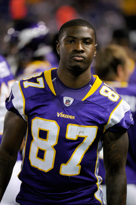 MINNEAPOLIS, MN - AUGUST 27: Bernard Berrian #87 of the Minnesota Vikings looks on during the game against the Dallas Cowboys on August 27, 2011 at Hubert H. Humphrey Metrodome in Minneapolis, Minnesota. The Cowboys defeated the Vikings 23-17. (Photo by H