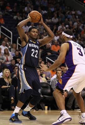 PHOENIX - DECEMBER 08:  Rudy Gay #22 of the Memphis Grizzlies looks to pass the ball against the Phoenix Suns during the NBA game at US Airways Center on December 8, 2010 in Phoenix, Arizona. NOTE TO USER: User expressly acknowledges and agrees that, by d