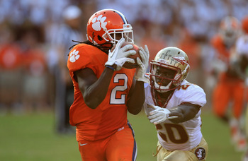 CLEMSON, SC - SEPTEMBER 24:  Sammy Watkins #2 of the Clemson Tiger catches a pass for a touchdown against Lamarcus Joyner #20 of the Florida State Seminoles during their game at Memorial Stadium on September 24, 2011 in Clemson, South Carolina.  (Photo by