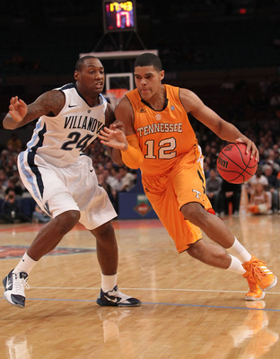 NEW YORK - NOVEMBER 26:  Tobias Harris #12 of the Tennessee Volunteers drives to the basket against against Corey Stokes #24 of the Villanova Wildcats  during the Championship game at Madison Square Garden on November 26, 2010 in New York City.  (Photo by