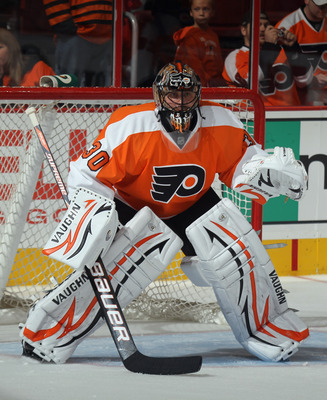 PHILADELPHIA, PA - SEPTEMBER 21:  Ilya Bryzgalov #30 of the Philadelphia Flyers tends net against the Toronto Maple Leafs at the Wells Fargo Center on September 21, 2011 in Philadelphia, Pennsylvania. The Maple Leafs defeated the Flyers 4-2.  (Photo by Br
