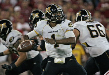 NORMAN, OK - SEPTEMBER 24:  Quarterback James Franklin #1 of the Missouri Tigers looks to throw against the Oklahoma Sooners on September 24, 2011 at Gaylord Family-Oklahoma Memorial Stadium in Norman, Oklahoma.  Oklahoma defeated Missouri 34-14.  (Photo