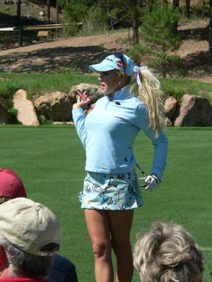 Natalie-gulbis-4_display_image