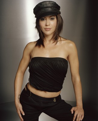 12alyssamilano_display_image