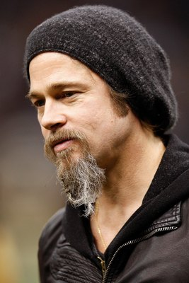 Brad Pitt plays Billy Beane in Moneyball.  Different sport, same concept.