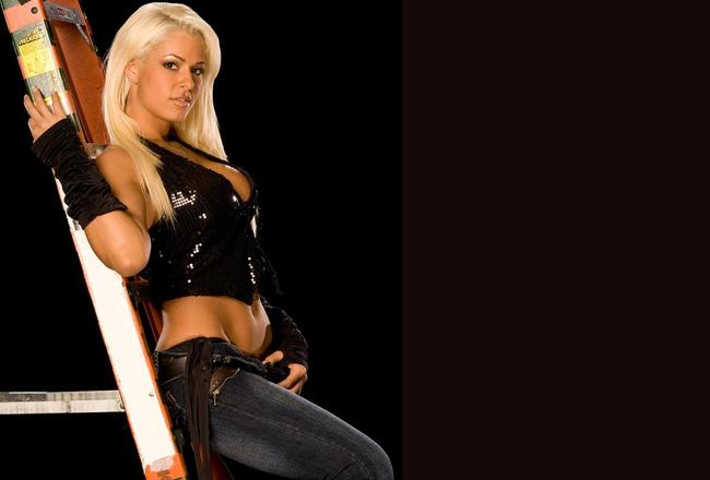 Maryse_ouellet_wallpaper_original_crop_650x440