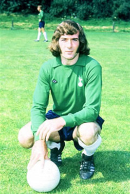 Pat_jennings_display_image