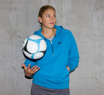 Hope-solo-wears-the-aw77-hoody2_display_image