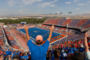 Boise holds on to its No. 5 position in the AP rankings