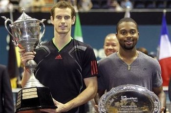 Donald Young can learn a lot from Andy Murray. (Photo: AP)