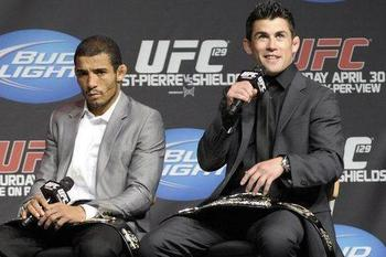 Jose-aldo-and-dominick-cruz_3317425_original_display_image
