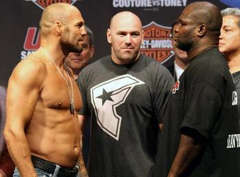 Randy-couture-james-toney_display_image