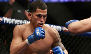 The final WEC lightweight champion, Anthony Pettis will look to continue his UFC climb Saturday night. (Photo courtesy of fightinginsider.com)