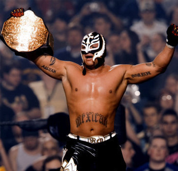 Rey-mysterio-photograph-c12233391_display_image
