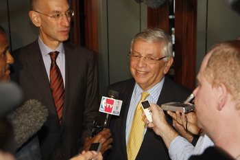 NEW YORK, NY - SEPTEMBER 30:  David Stern, NBA Commissioner, makes comments to the media as Deputy Commissioner Adam Silver (L) looks on after NBA labor negotiations at The Waldorf-Astoria on September 30, 2011 in New York City.  (Photo by Michael Cohen/G