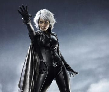 Halle-berry-to-return-as-storm-in-x-men-spinoff-2_display_image