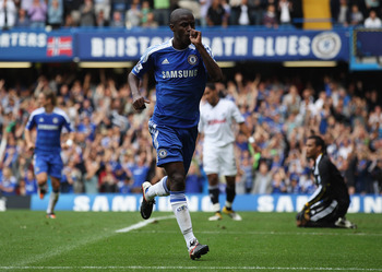 LONDON, ENGLAND - SEPTEMBER 24:  Ramires of Chelsea celebrates as he scores their second goal during the Barclays Premier League match between Chelsea and Swansea City at Stamford Bridge on September 24, 2011 in London, England.  (Photo by Clive Rose/Gett