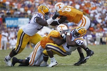 592-tennessee_lsu_football