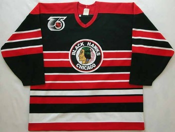 Blackhawksthrowback_display_image