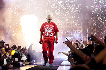 Fedor-emelianenko-entrance_display_image
