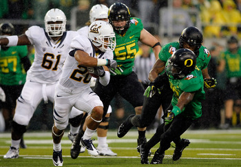 The Oregon Ducks will return to Arizona to face a tough Oklahoma State