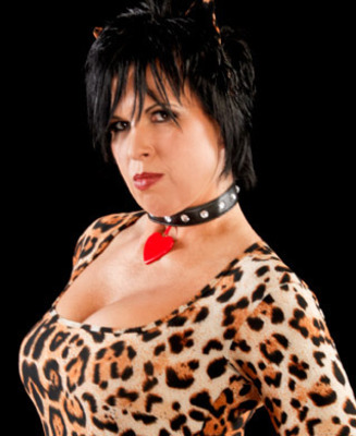 Vickie_guerrero_4_display_image