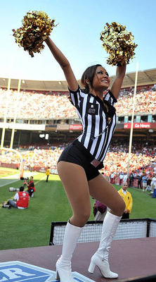 31nfl-cheerleaders-halloween-13_display_image