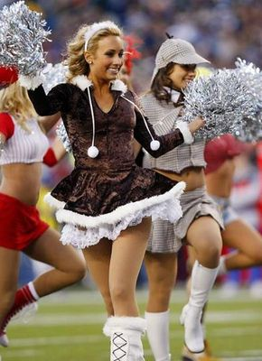 19nfl_cheerleaders_19_display_image