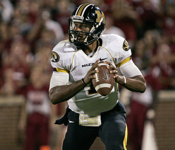 NORMAN, OK - SEPTEMBER 24:  Quarterback James Franklin #1 of the Missouri Tigers scrambles during the first half against the Oklahoma Sooners on September 24, 2011 at Gaylord Family-Oklahoma Memorial Stadium in Norman, Oklahoma.  Oklahoma leads Missouri 2